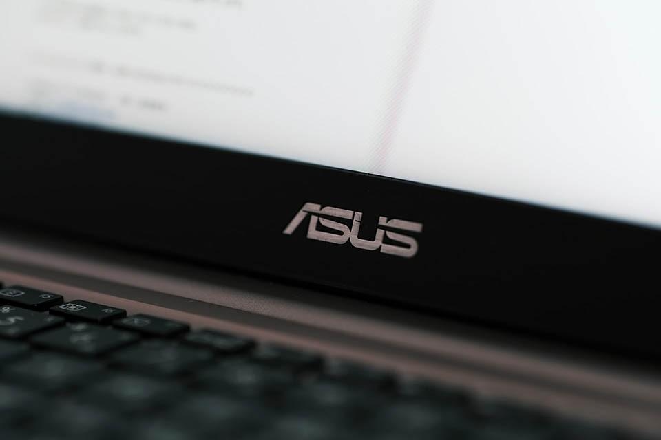 Acer、ASUS筆電一直當機畫面不動怎麼辦?教你正確處理!