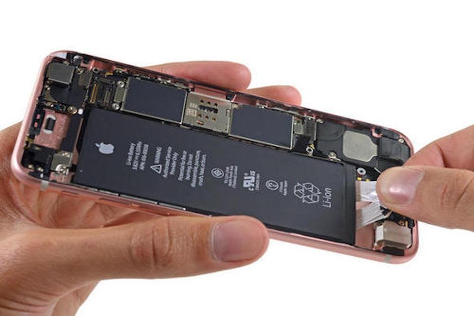 iPhone換電池推薦哪裡?台中原廠還是副廠?