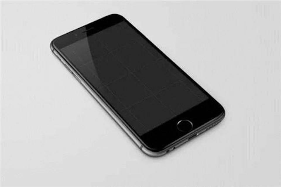 iPhone黑屏無法開機!死機了怎麼維修?有辦法備份嗎?