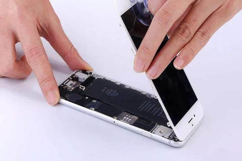 iPhone 8 plus換電池後,竟導致無法開機!