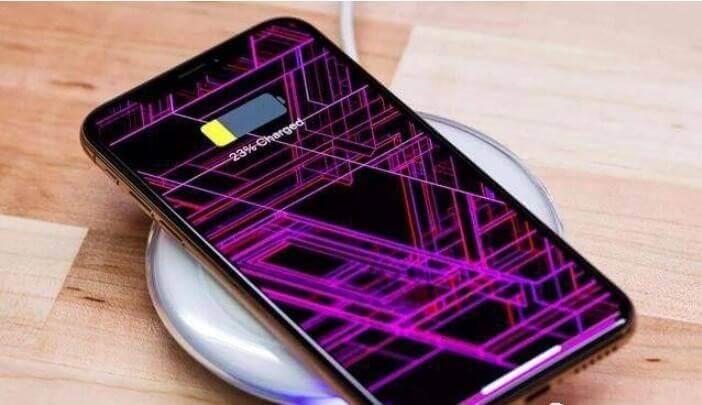 iPhone11ProMax對比三星S10+,1萬多塊的手機有多強?