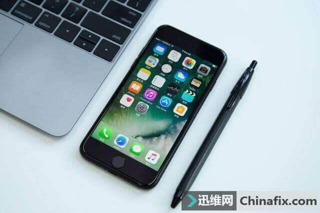 iphone 8 plus 螢幕玻璃破裂 觸控顯示正常 更換螢幕玻璃